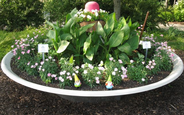 Second Place Winner: Kenosha County Center AAS Display & Demonstration Garden, Kenosha, Wisconsin
